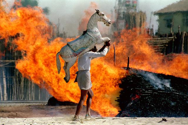 ಹಿಂದುಗಳ ದಮನಕ್ಕೆ ಕಾಂಗ್ರೆಸ್ ಸಂಚು: Sonia headed NAC plans an anti-Hindu propaganda