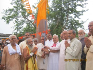 WELCOME AT BORDER: 'Bharat Parikrama Yatra', headed by RSS Former functionary Sitarama Kedilaya at border of Gujarat and Rajasthan on July-3-2013