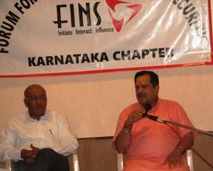 Indresh Kumar addressing, Vijay Gore, President of FINS Karnataka also seen.