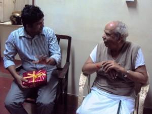 Pratap Simha having a chat with Mai Cha Jayadev