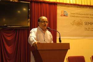 Noted Writer Vinay Sahasrabuddhe speaks at Mangalore