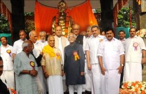 Vice President Hamid Ansari at the unveiling ceremony of the statue of Swami Vivekananda at Thiruvananthapuram.
