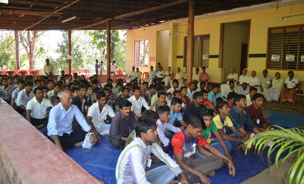 ಯುವಸಮಾವೇಶದಲ್ಲಿ  ಶ್ರೀ ರಮೇಶ್ ಕಾಸರಗೋಡ್
