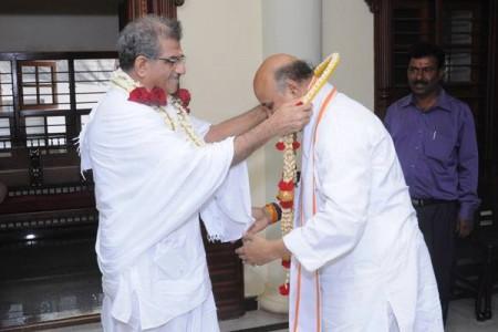 Dr Veerendra Heggade welcomes Dr Pravin Togadia