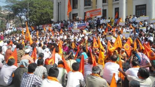 benny-hinn-protest (1)