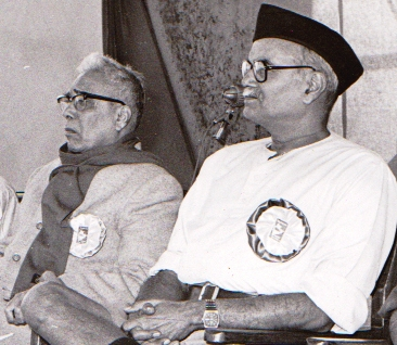 Former RSS Sarasanghachalaks: Balasaheb Deoras (left) and Prof Rajju Bhaiyya (FILE PHOTO)