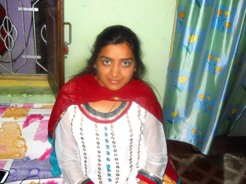 Sarika Jain, a differently abled girl from Kantabanji town in Odisha's Balangir district, has cleared the UPSC examination. HT Photo