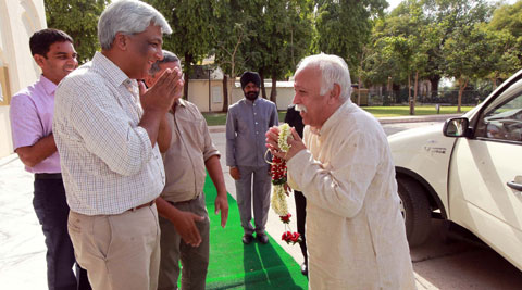 RSS Chief Mohan Bhagwat meets the Gaekwad royal family in Vadodara on Friday (IE Photo)