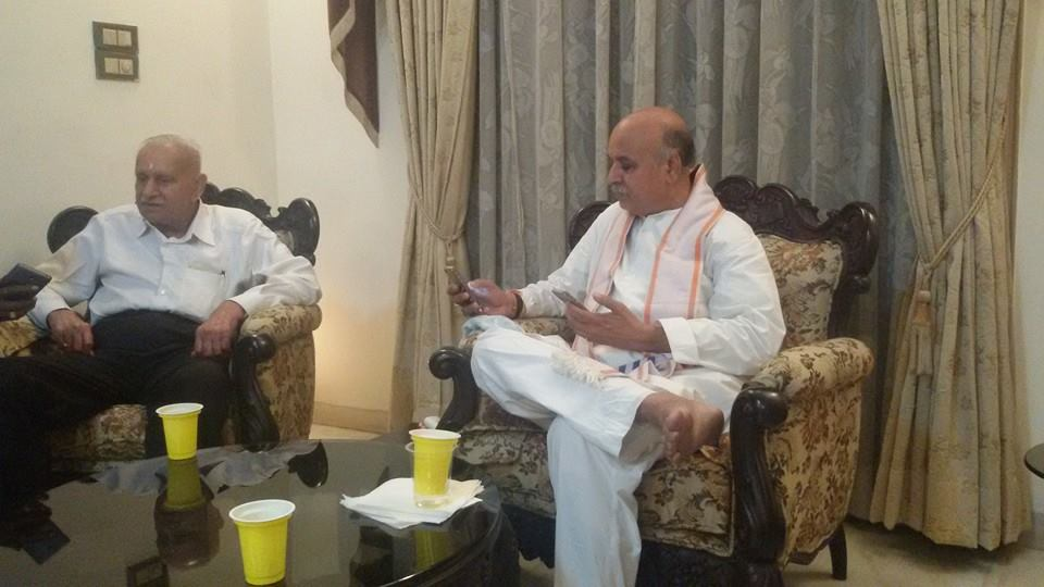 Dr Pravin Togadia with RSS-VHP veteran YK Raghavendra Rao