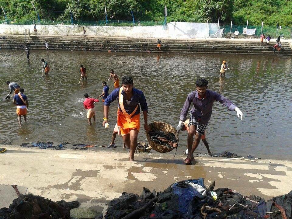 Lead by RSS Pracharak Kummunam; VHP volunteers cleaned Pamba River at Shabarimala