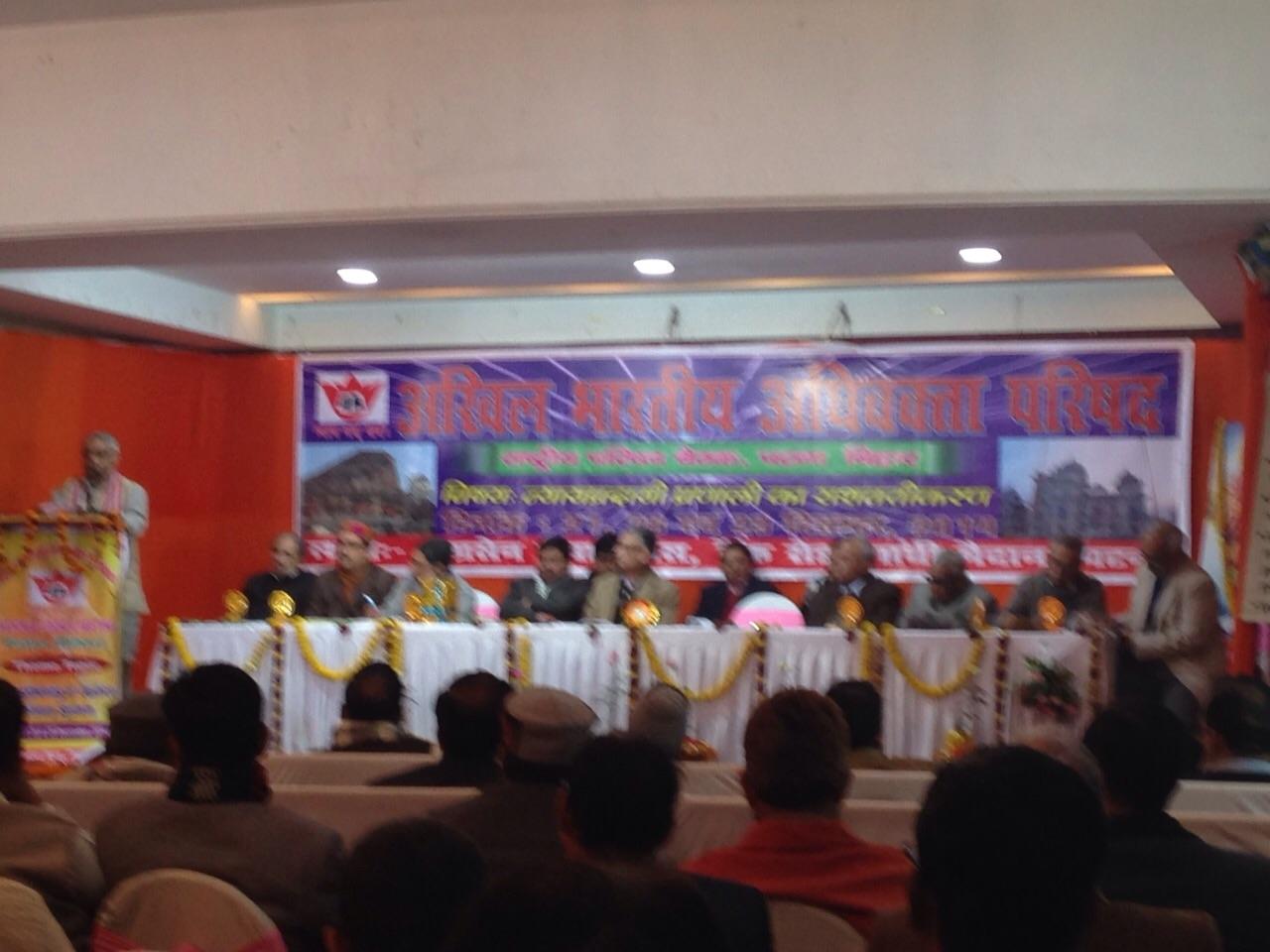 Dr Manmohan Vaidya addressing at Valedictory