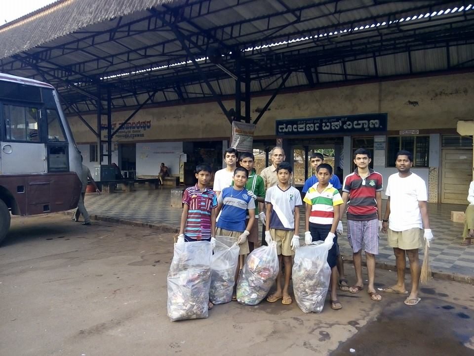 RSS Karyakartas cleaned premises of Gokarna