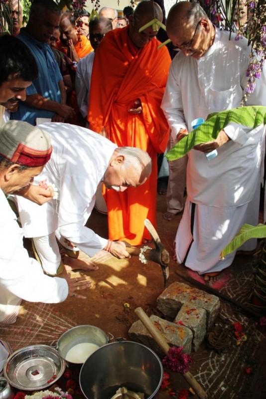 Bhagwatji at Janaseva Bengaluru April 30-2015 (2)