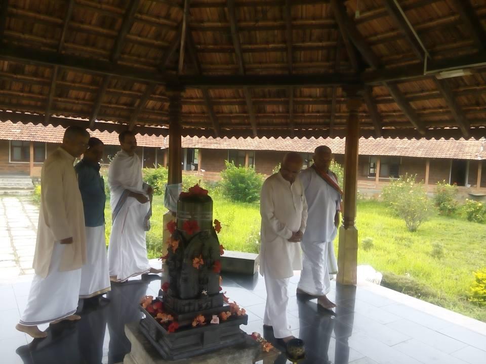 RSS Sah-Sarakaryavah Suresh Soni visited Prabodhini Gurukula in Hariharapura