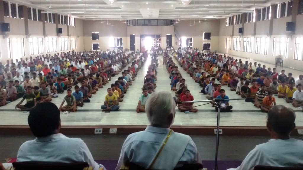 Sri M at RSS Sangh Shiksha Varg, Dharwad May 6-2015