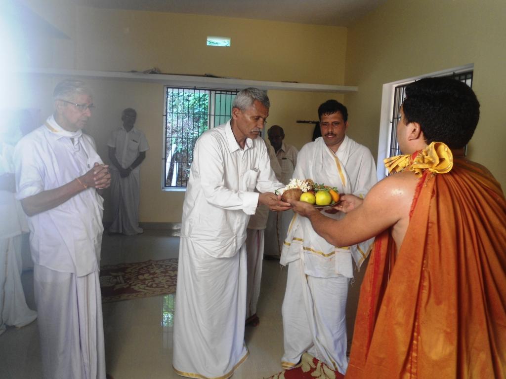 Ramesh Bhat and family dedicated the hostel building to Vanavasi Kalyan Ashrama