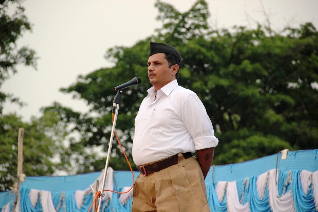 Mukunda CR Speaks at RSS SSV Samarop May-9-2015
