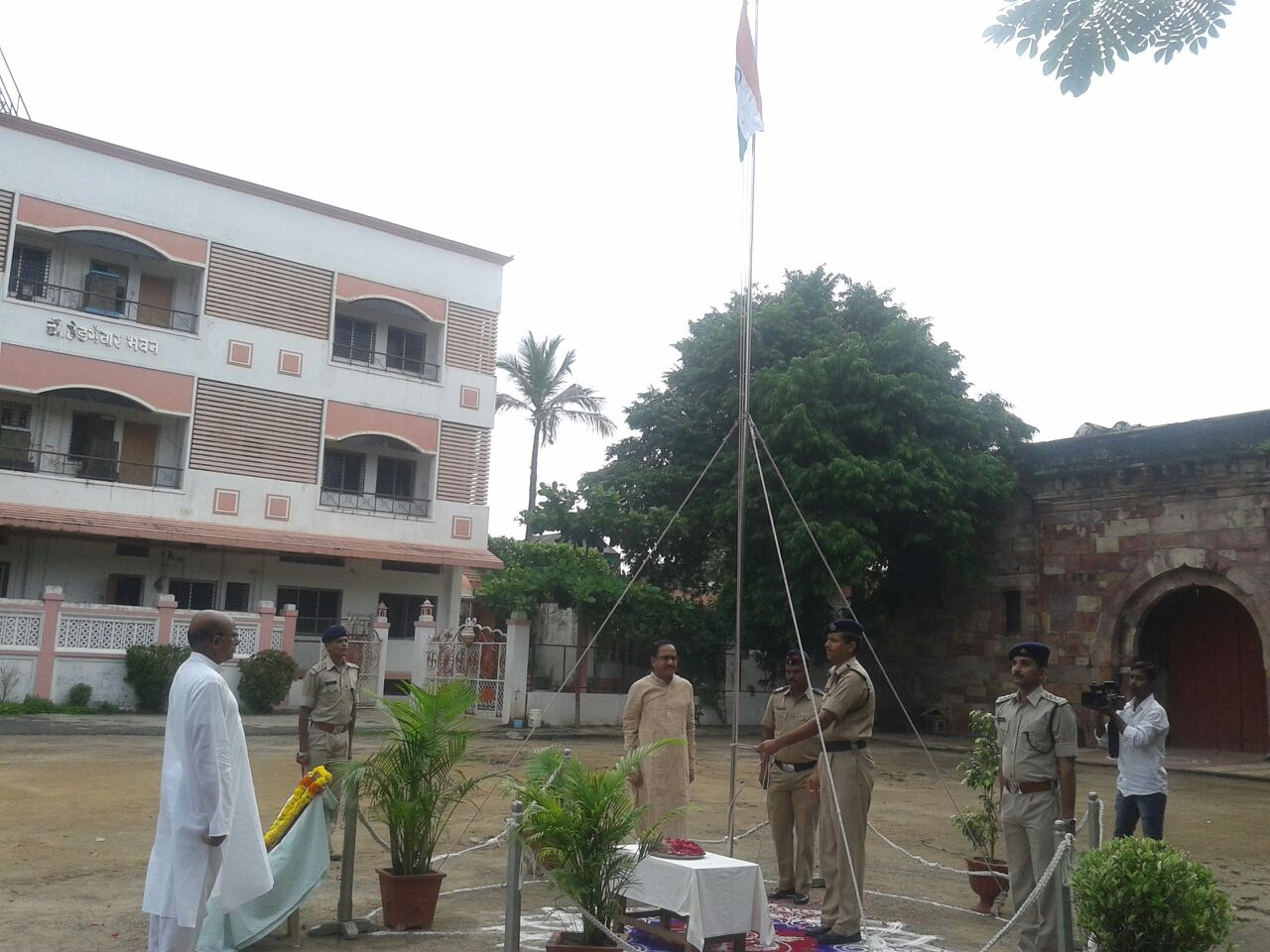 the National flag hoisted at Dr Hedgewar Bhavan near Mohitewada maidan, at Mahal, Nagpur, RSS Central Headquarters