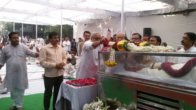RSS Sarakaryavah Suresh Joshi payid tributes to Ashok Singhal