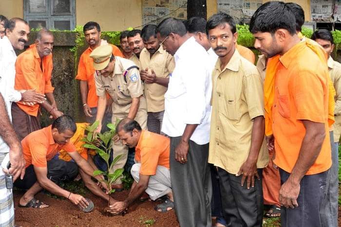RSS inspired Bharatiya Mazdoor Sangh (BMS) observes 61st ...