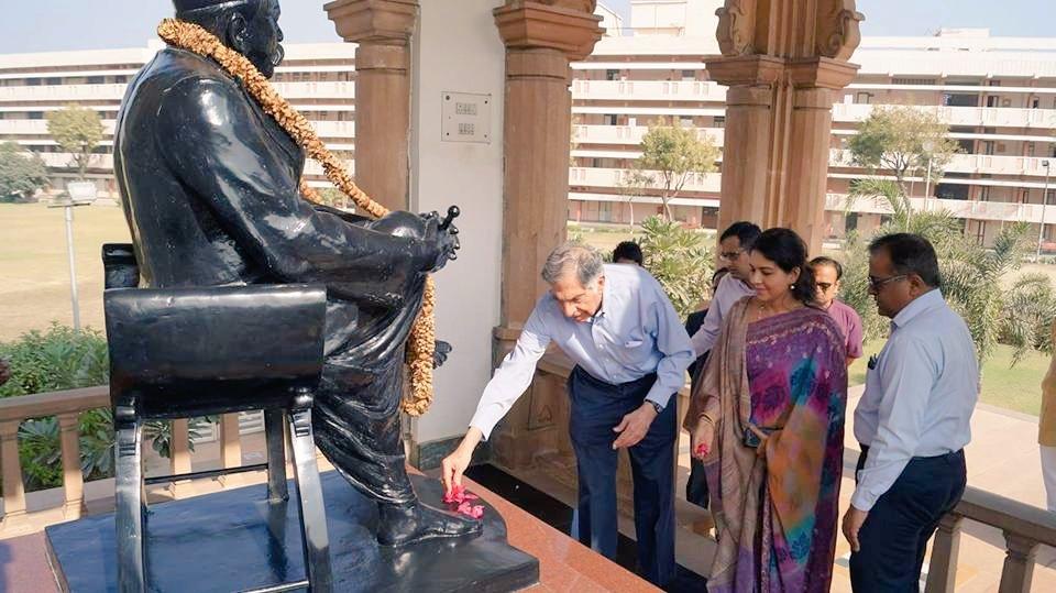 Industrialist Ratan Tata visits RSS HQ, meets RSS Sarasanghachalak Mohan Bhagwat at Nagpur