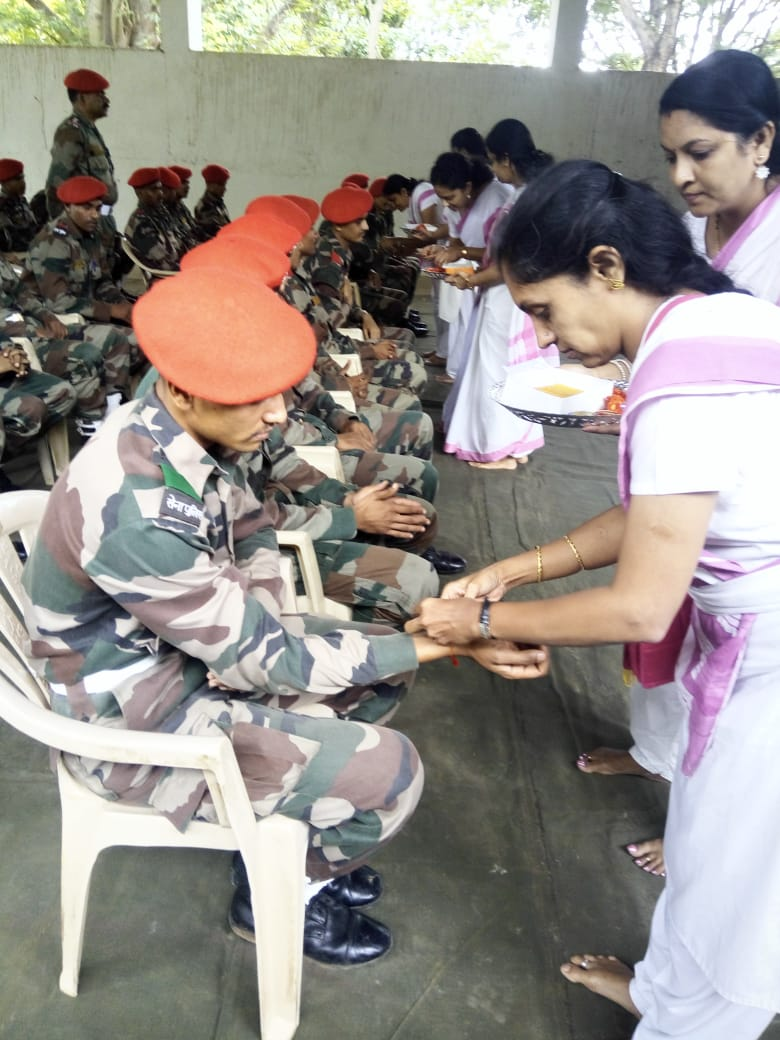 Samiti Sevikas visit Army Training Center and tie Rakhis on the occasion of Raksha Bandhan