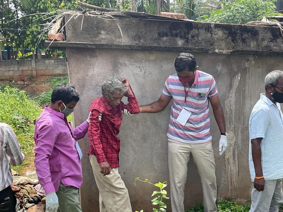 Amidst the fear of Covid spread, story of RSS Swayamsevaks who brought back life to 'dead' man