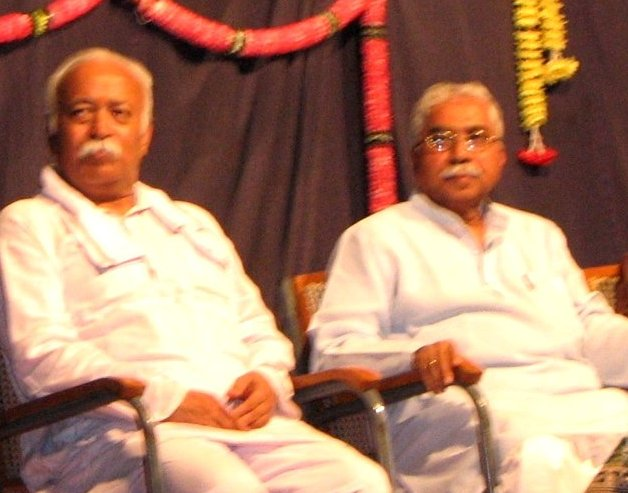Senior Kannada Writer Dr Chandrashekhara Kambara gets Jnanpith Award, 8th for Kannada Language.