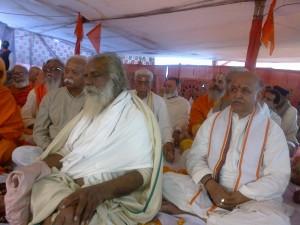 HISTORIC MEET:RSS Sarsanghchaalak Mohan Bhagwat, VHP International President Dr Pravin Togadia and many Poojaneeya Sadhu's attended historic 'Dharma Samsad' at Prayag Kumbh Mela, Feb-7-2013