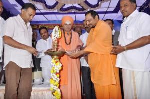 Congress MLA of Bangalore, Dinesh Gundurao, Inaugurated Swamy Vivekananda 150th Birth celebrations at Ckikkapet, Bangalore recently.