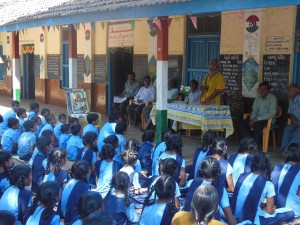 Former RSS Functionary Sitaram Kedilaya speaks to students at Wadi Village of Gujarat recently