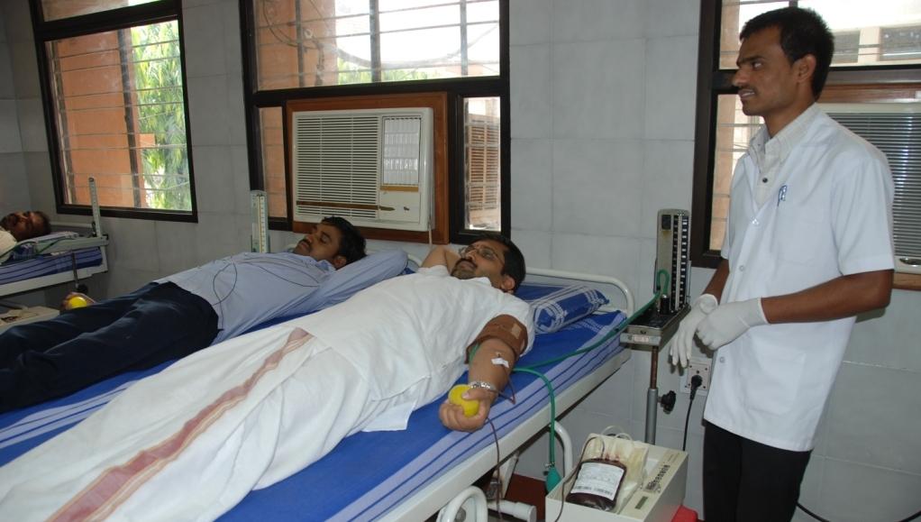 Rashtrotthana Blood Bank tops in blood collection-transfusion in Karnataka