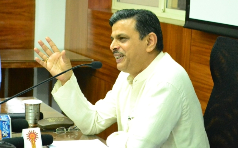 Youth Leadership in India: An analysis by Dattatreya Hosabale, RSS ideologue