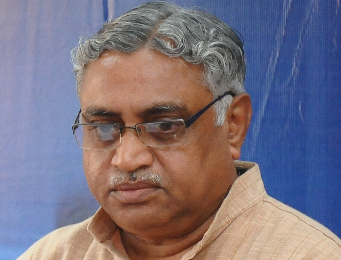 RSS Media Chief Dr Vaidya speaks on 'Political Parties, Media and Social Bodies' at Adhivakta Meet