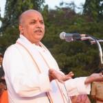 Dr Praveen Togadia speaking