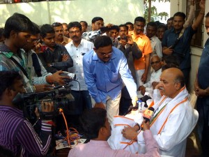 Dr PravinTogadia speaks at Nanded, Jan-21-2013