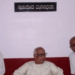 T-VENKATASWAMY-right-with-scholar-G-Venkatasubbiah-and-Mai.Cha_.JAYDEV-left