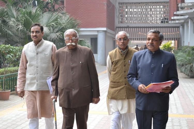 VHP leaders met Chief Election Commissioner, demands withdrawal of minority quota