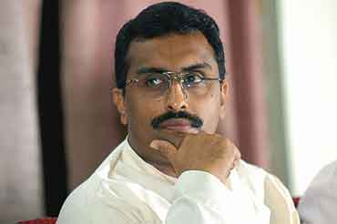 No Reservations in Lokpal Please! Let one Act be for All Indians – Says Ram Madhav